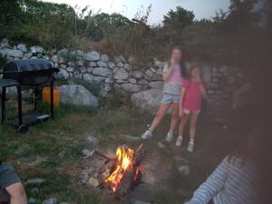 Camfire Barbecue Children Camping